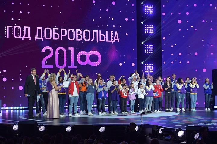 Владимир Путин поручил внедрять во всех регионах инициативы донских общественников