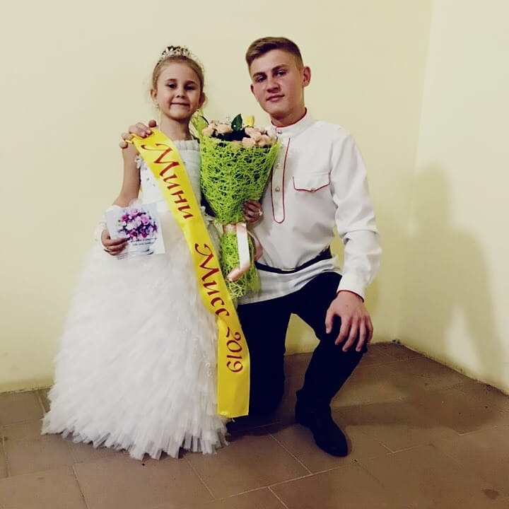 В ДК мкр. Заречного прошел ежегодный традиционный конкурс маленьких красавиц «Мини — Мисс 2019»