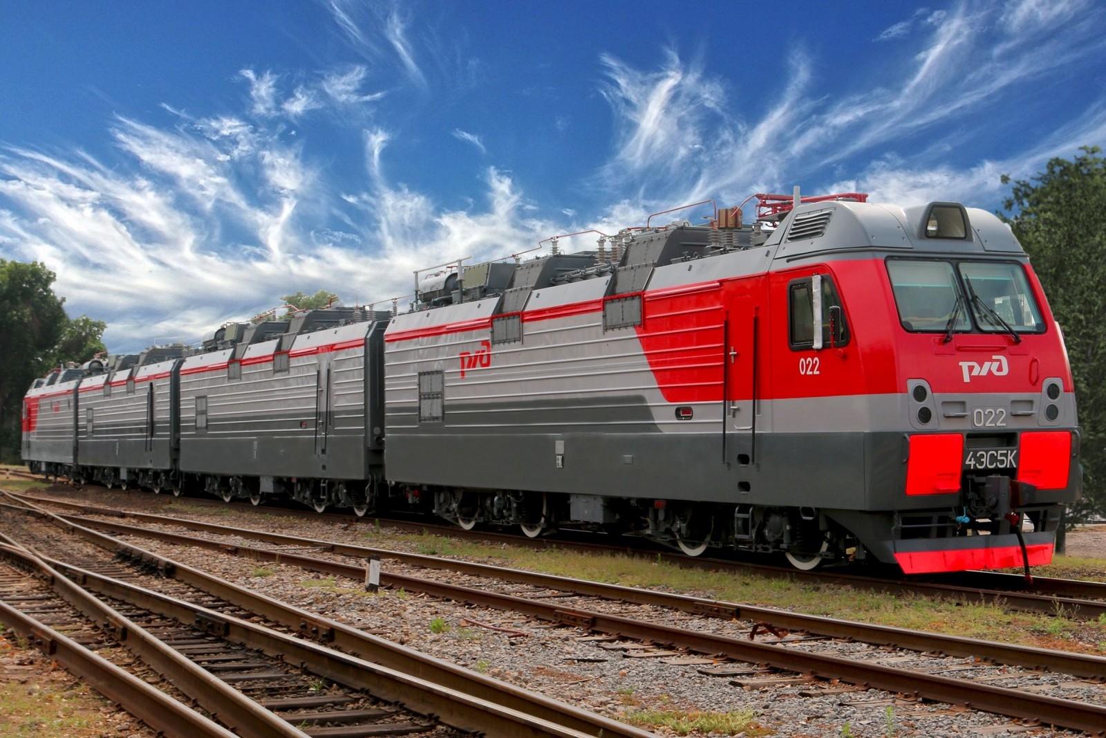 Донское предприятие выполнило годовой план по выпуску электровозов «Ермак»