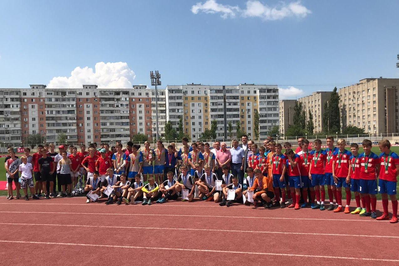 Финал областных соревнований по футболу «Кожаный мяч» прошел в Азове