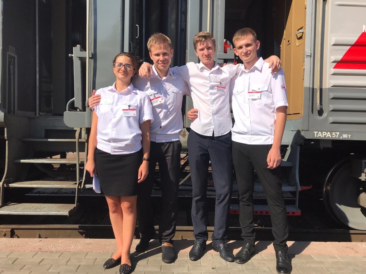 500 студентов из Ростовской области работают проводниками пассажирских поездов