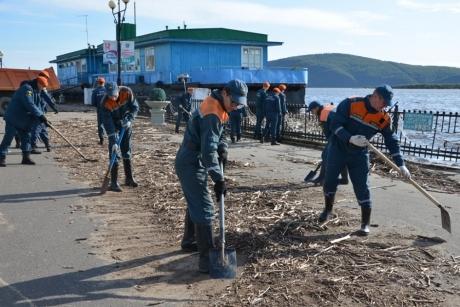 В ДФО за сутки освободились от воды 55 жилых домов