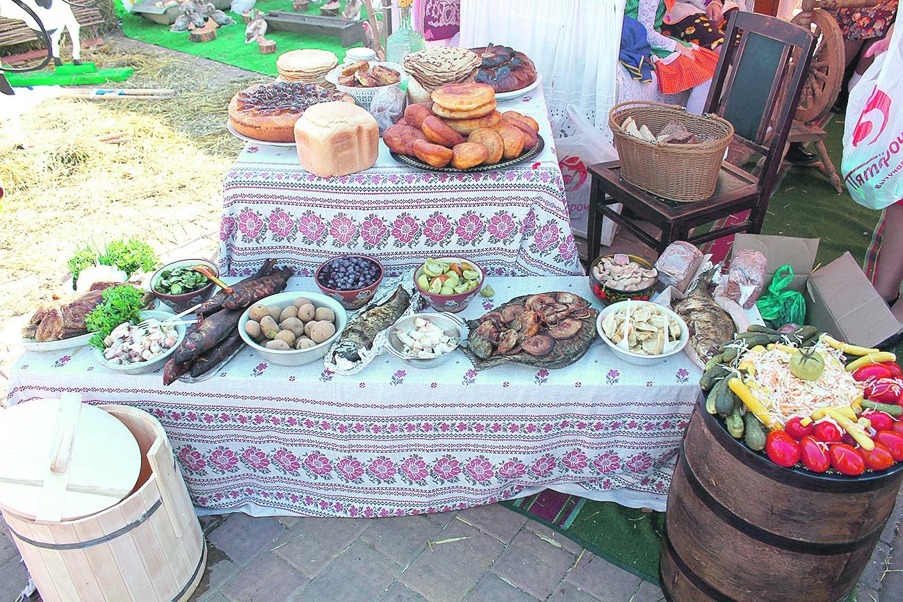 Белокалитвинский стол — самый хлебосольный!