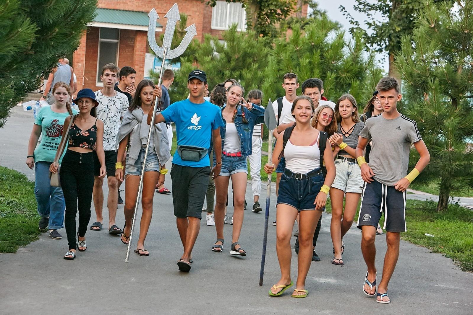 Более 360 тыс. детей смогли поправить здоровье во время летней оздоровительной кампании в Ростовской области