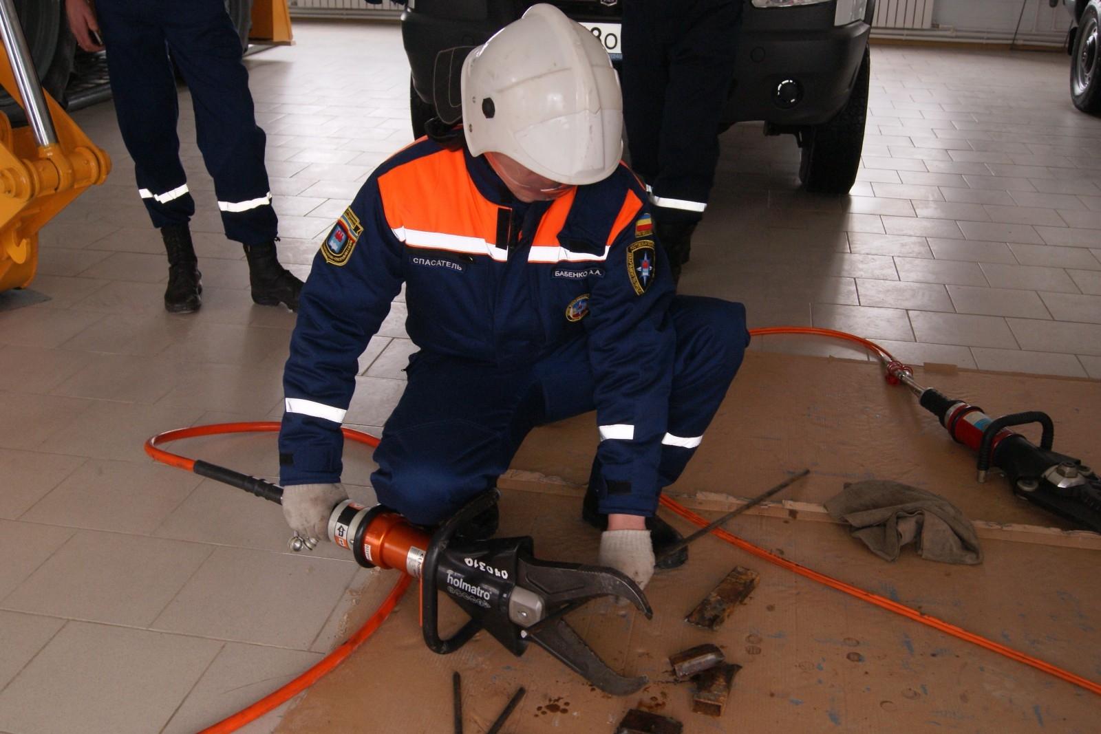 Десять сотрудников областных служб экстренного реагирования Дона будут удостоены звания «Лучший спасатель Ростовской области»