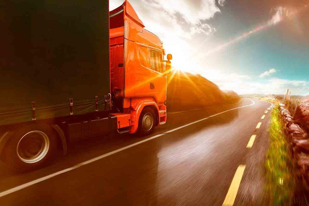 В летний период на дорогах Ростовской области временно ограничат движение большегрузов