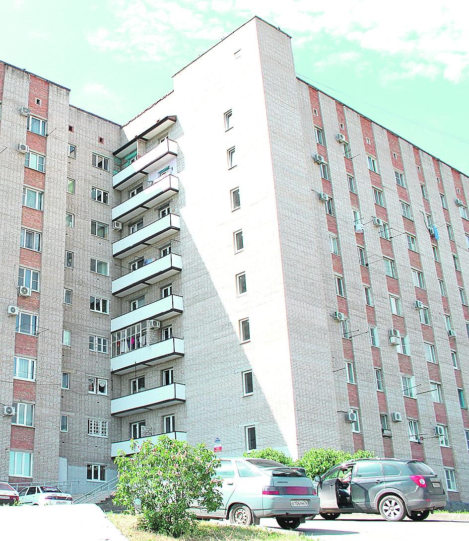 В микрорайоне Заречном Белой Калитвы проведен ремонт домов