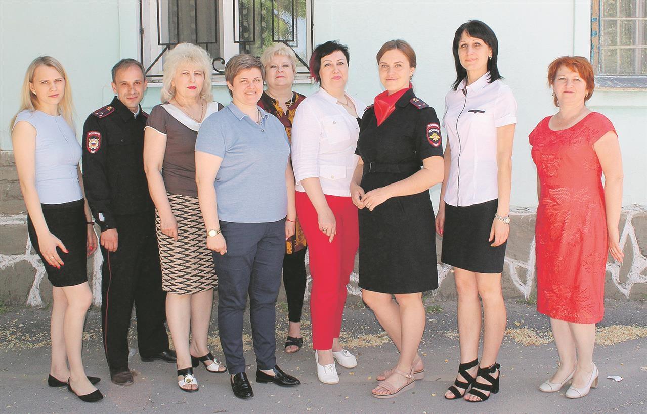 14 июня работники паспортно-визовой службы Белокалитвинского района отмечают профессиональный праздник