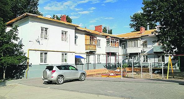 В Белой Калитве продолжается капитальный ремонт многоквартирных домов