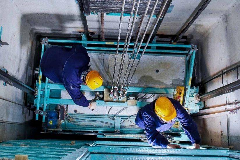 В этом году на Дону заменят более 270 лифтов и капитально отремонтируют почти 340 крыш