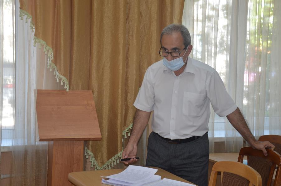 В администрации Белокалитвинского района прошло совещание по вопросу готовности маршрутов школьных автобусов к новому учебному году