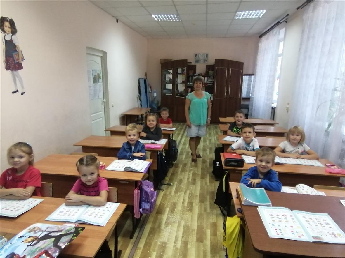 Белокалитвинские дошкольники готовятся к школе в ДДТ