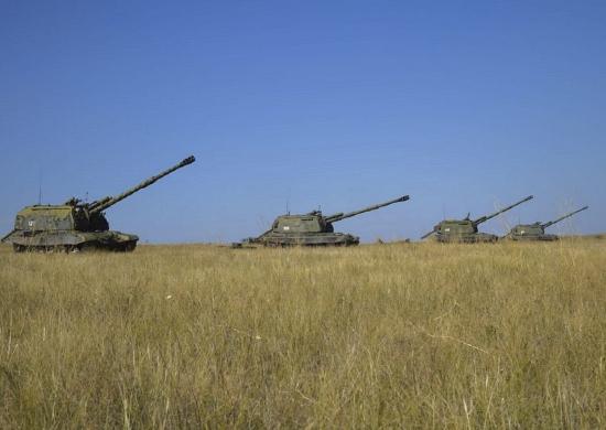 Артиллеристы 2-й армии отработали стрельбу на максимальные дальности на учении под Оренбургом