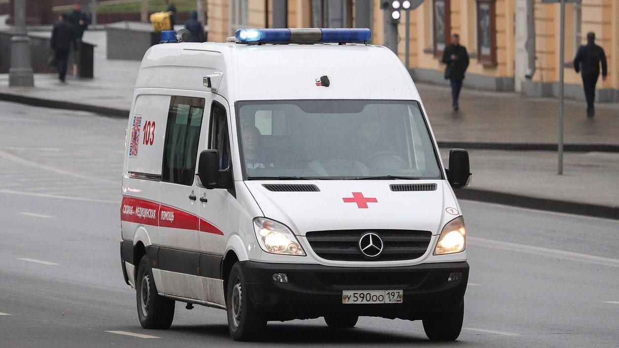 Вячеслав Володин предложил ускорить введение в эксплуатацию новых больниц и поликлиник