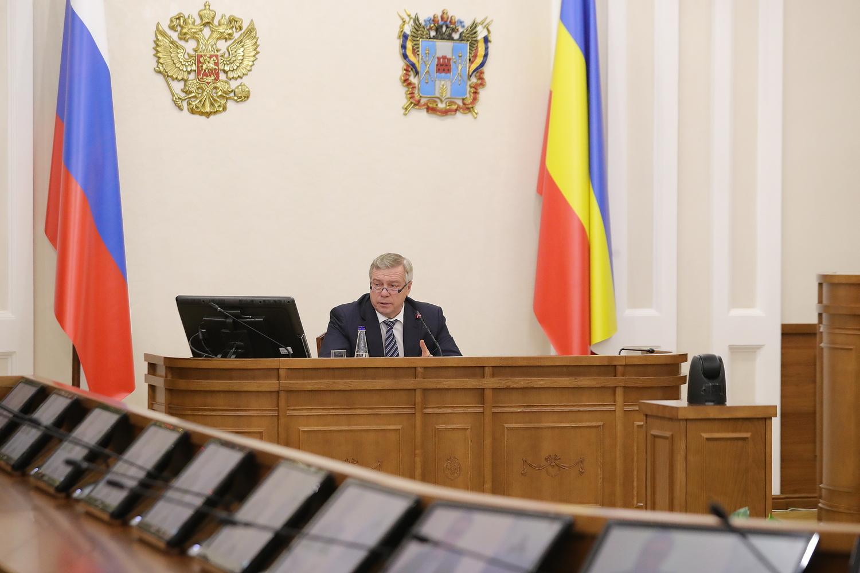 В Ростовскую область поступило ещё 62 машины скорой помощи