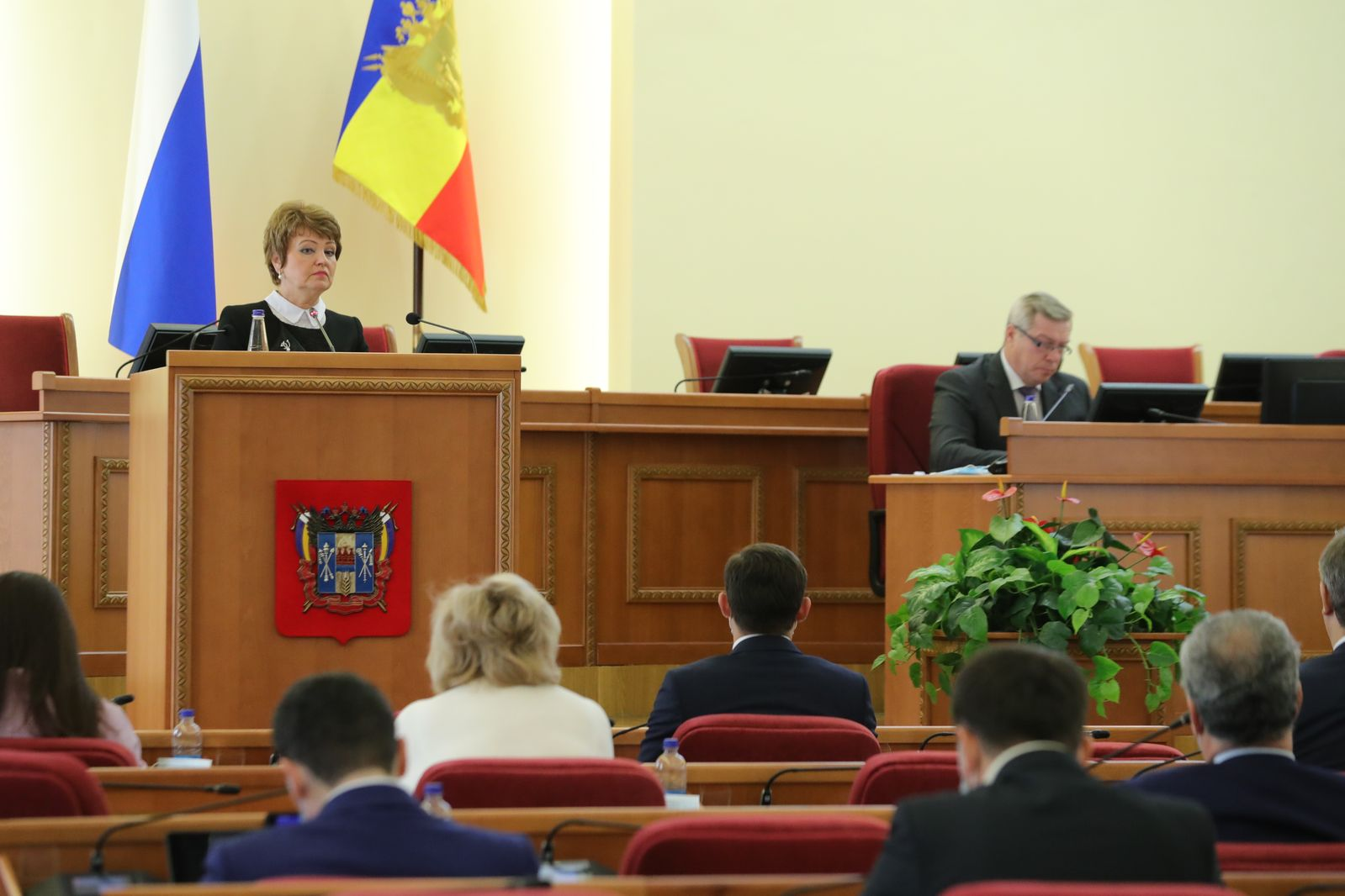 На внеочередном заседании донского парламента утверждены изменения в областной бюджет на 2020 год и плановый период 2021 и 2022 годов