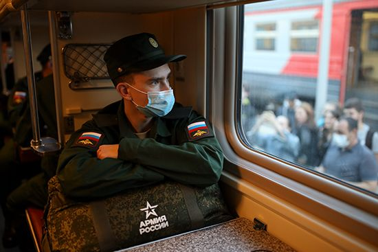 В рамках осеннего призыва в ВС РФ отправлено более трех тысяч юношей