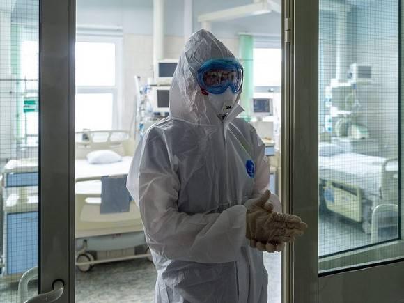 Еще 566 человек скончались от коронавируса за последние сутки