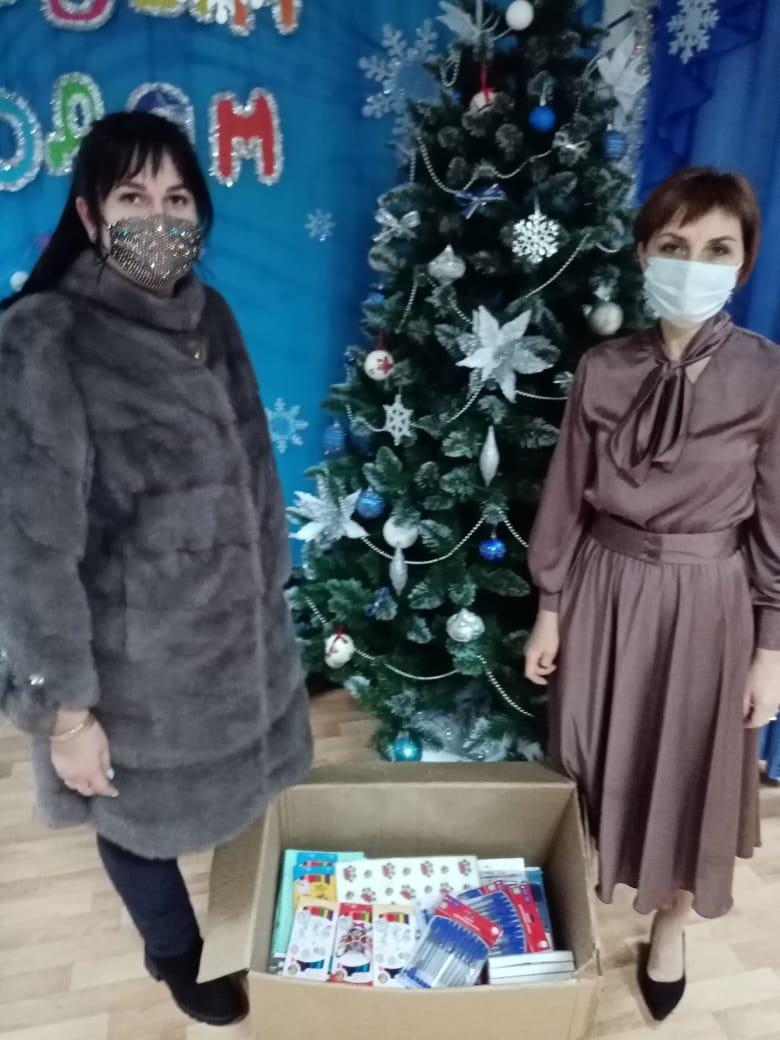 Подарки для воспитанников СРЦ