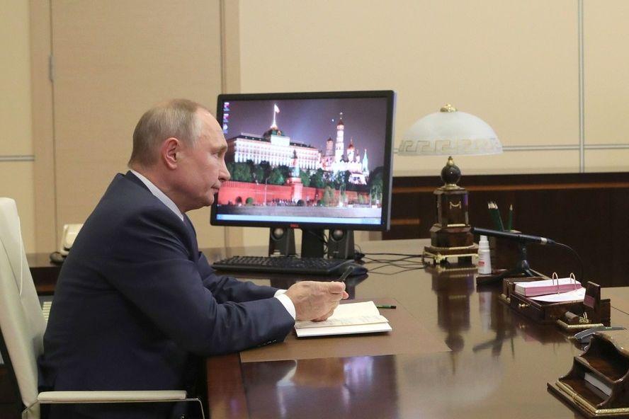 Владимир Путин поздравил жителей Ростовской области с Новым годом
