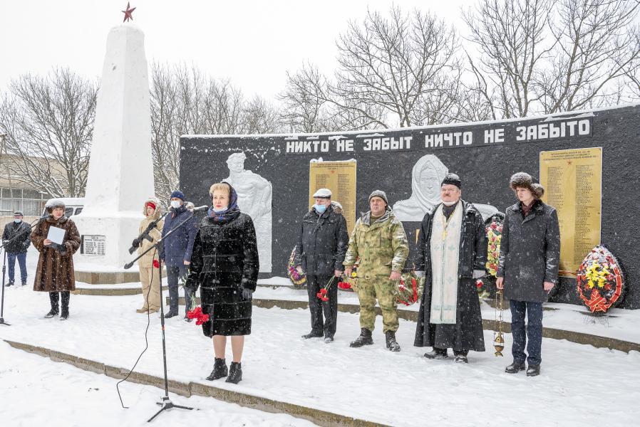 Церемония захоронения останков воинов Великой Отечественной войны состоялась в хуторе Чапаев