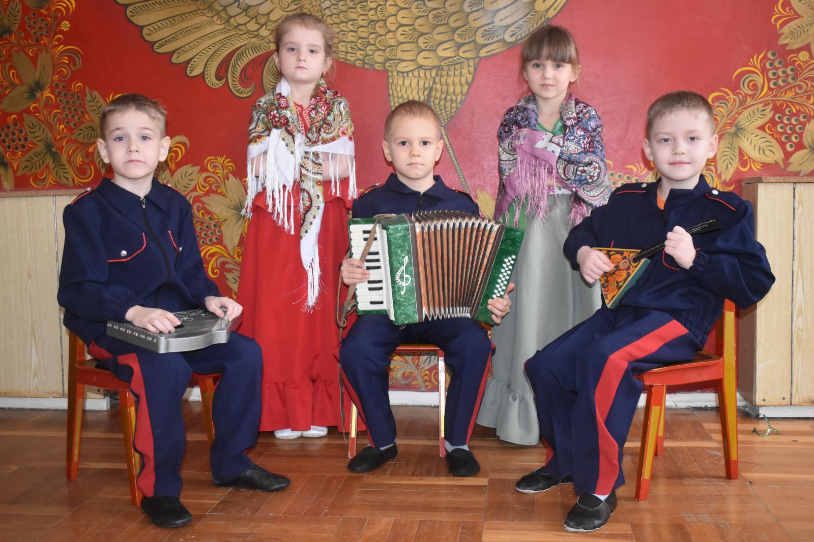 Трем детсадам донской столицы присвоен статус казачьих