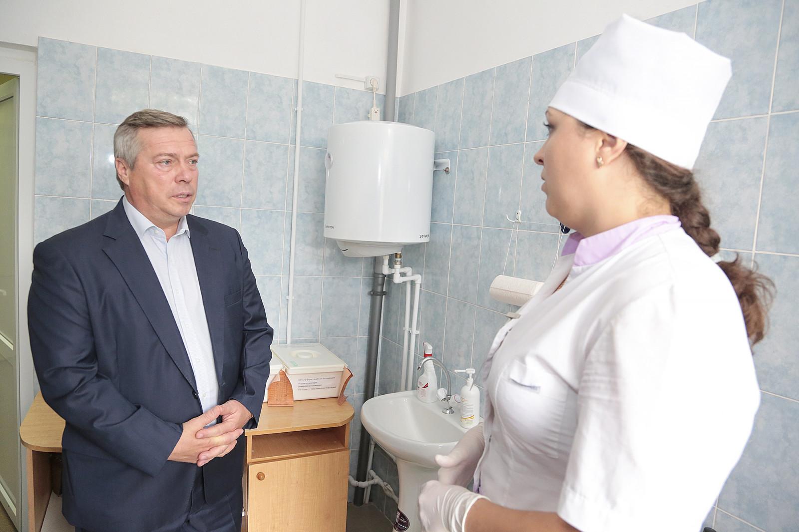Область профинансировала закупку СИЗов и медоборудования для муниципальных больниц