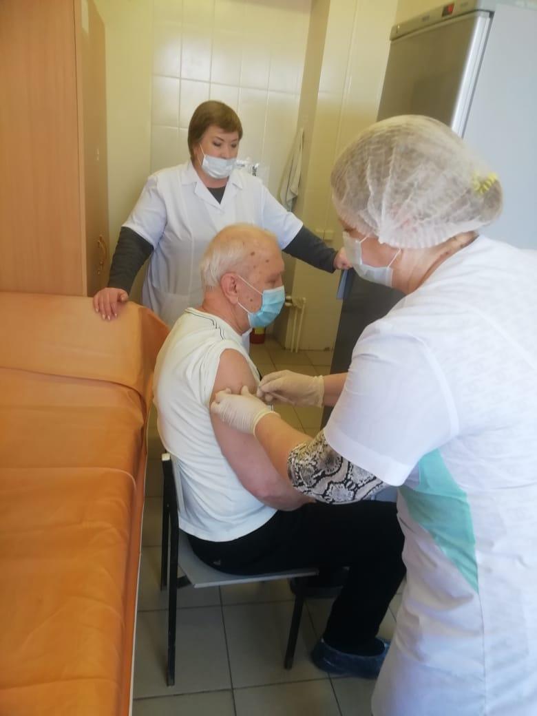 Началась вакцинация от коронавируса в амбулаториях Белокалитвинского района