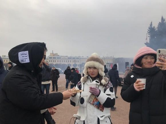 Китайские туристы не смогут «гулять» по России со своими гидами