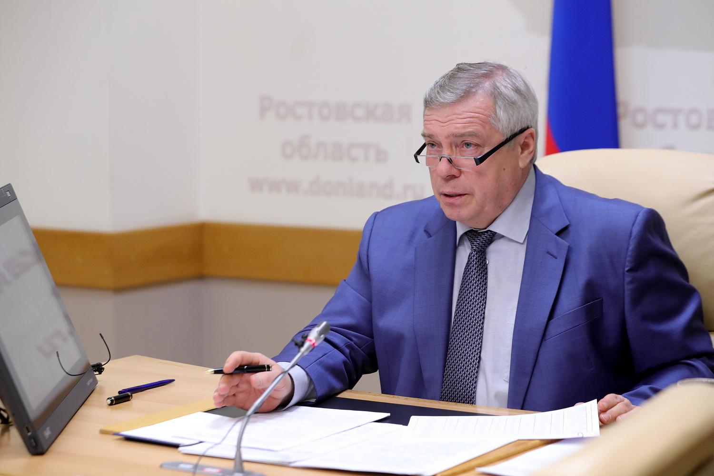 Губернатор анонсировал смягчение ограничений на территориях Дона