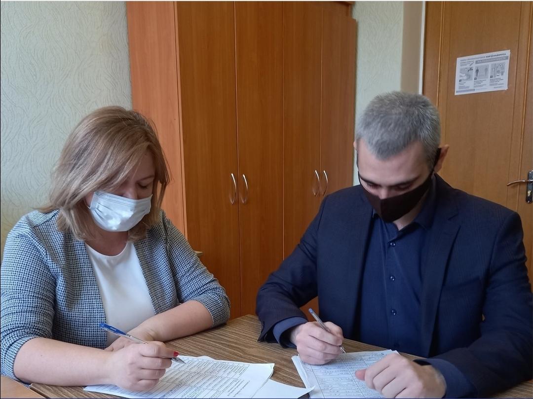 Составлены акты по итогам проверки жилья для детей-сирот в Белокалитвинском районе