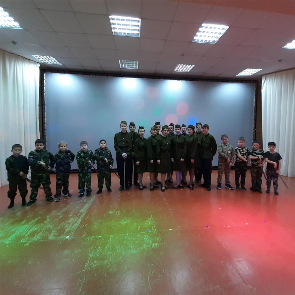 Школьники поселка Коксового выступили с шашками