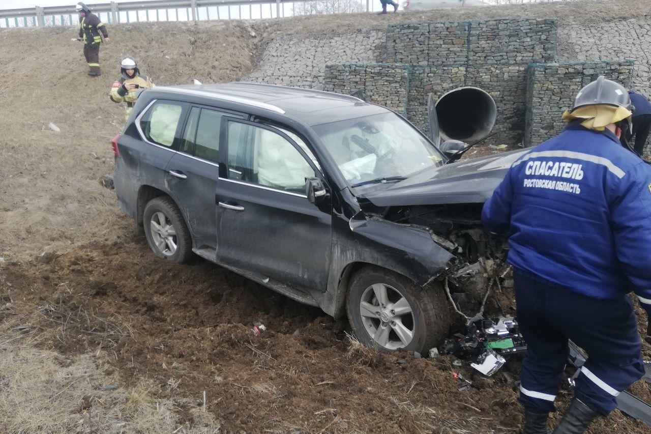 За выходные донские спасатели 4 раза приходили на помощь автомобилистам