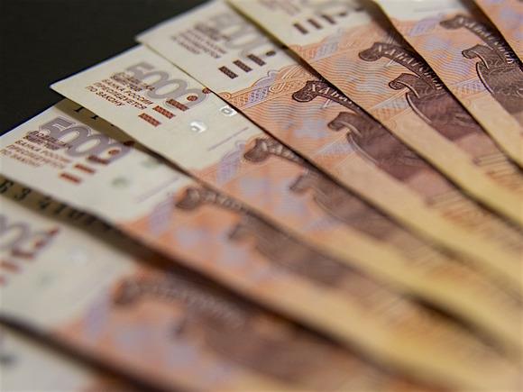 Россияне назвали профессии с неоправданно высокими зарплатами