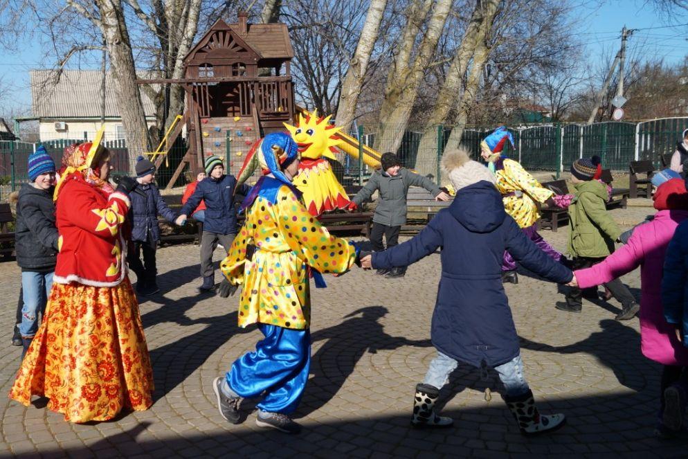 В учреждениях культуры Ростовской области проходят мероприятия, посвящённые Масленице