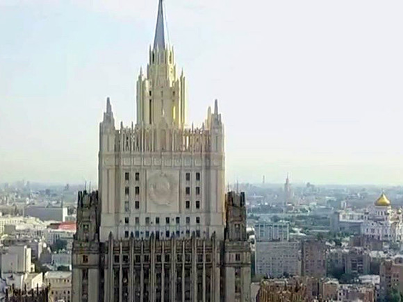 Москва высылает дипломатов Латвии, Литвы и Эстонии