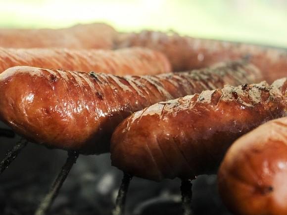 25% «сливочных» сосисок произведены с нарушениями по безопасности