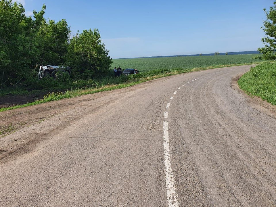 В Ростовской области подросток без спроса взял ключи от авто и попал в ДТП