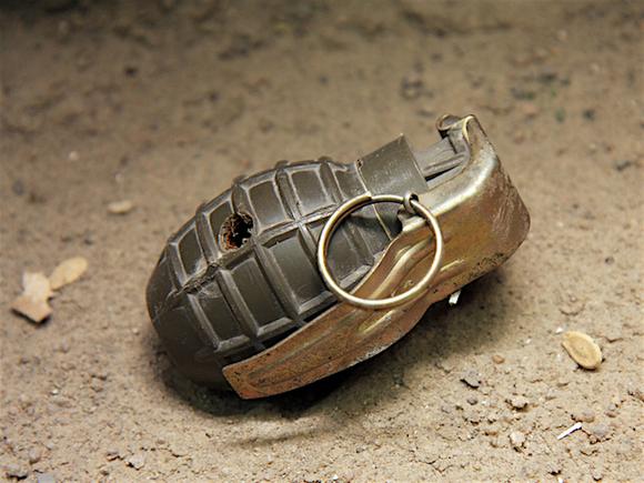 В Приангарье при взрыве гранаты погиб человек и трое ранены