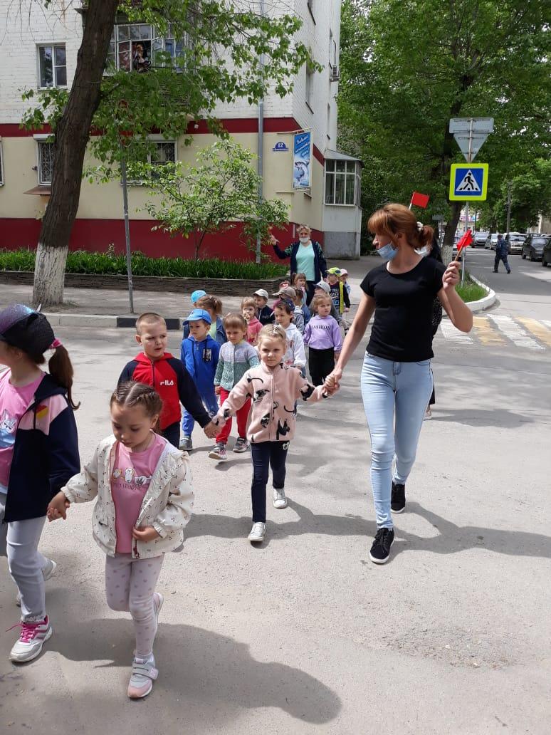 В детском саду №3 прошли акции «Безопасный пешеход» и «Родительский патруль»