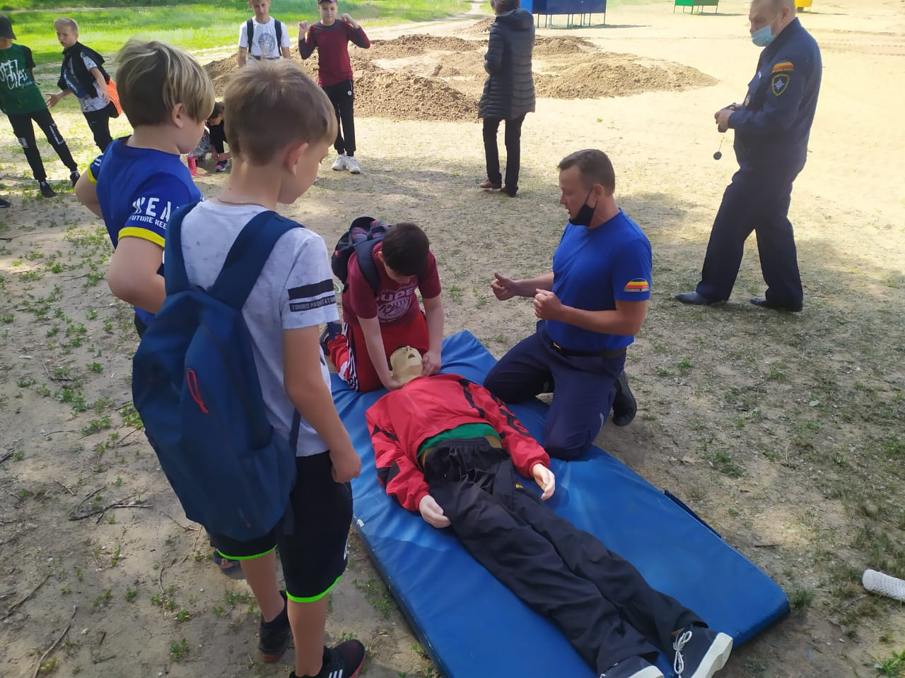 Белокалитвинские спасатели провели учения на воде