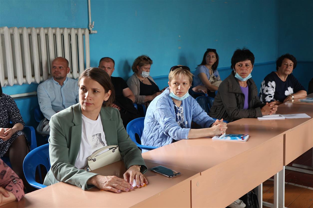 В хуторе Погорелове прошел съезд председателей территориальных общественных самоуправлений со всей области