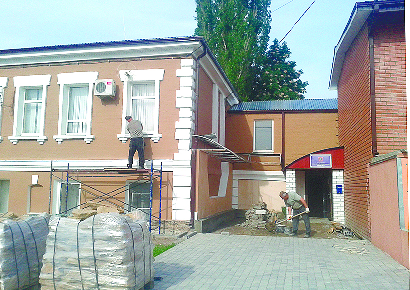 В старой части Белой Калитвы ремонтируют памятники архитектуры