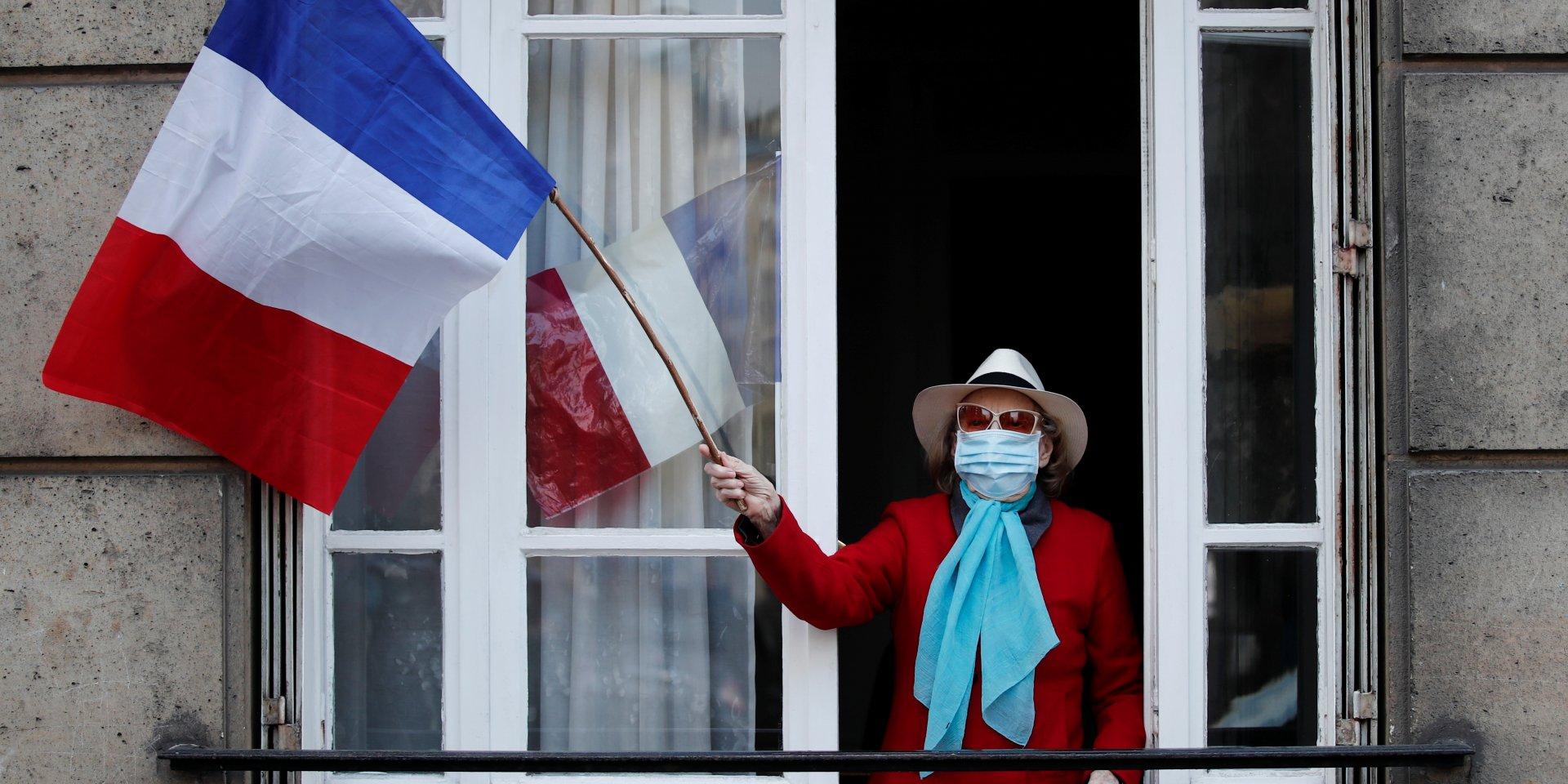 Франция включила Россию в список «красных стран» из-за коронавируса