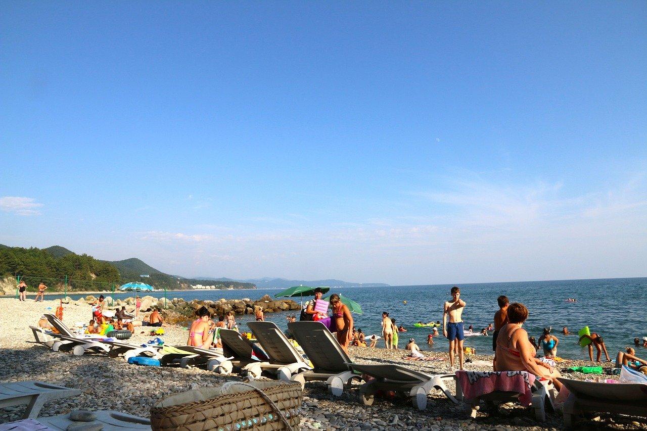 Глава Ростуризма: Черноморское побережье загружено и перегружено