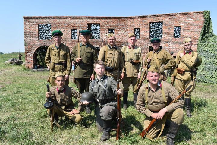 В Мясниковском районе прошла масштабная реконструкция боев за Брестскую крепость