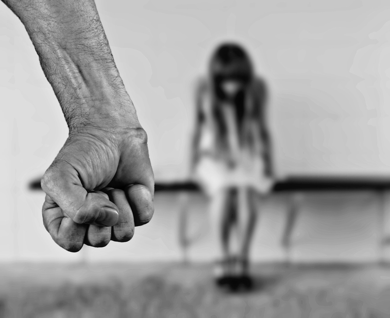 В Таганроге мужчина до смерти забил сожительницу