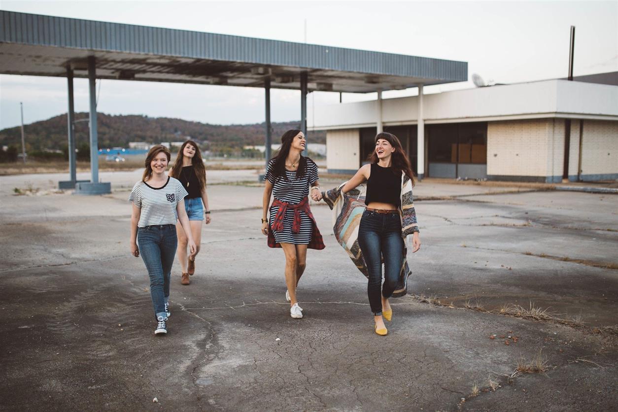 В Белокалитвинском районе временно трудоустроены более 100 подростков