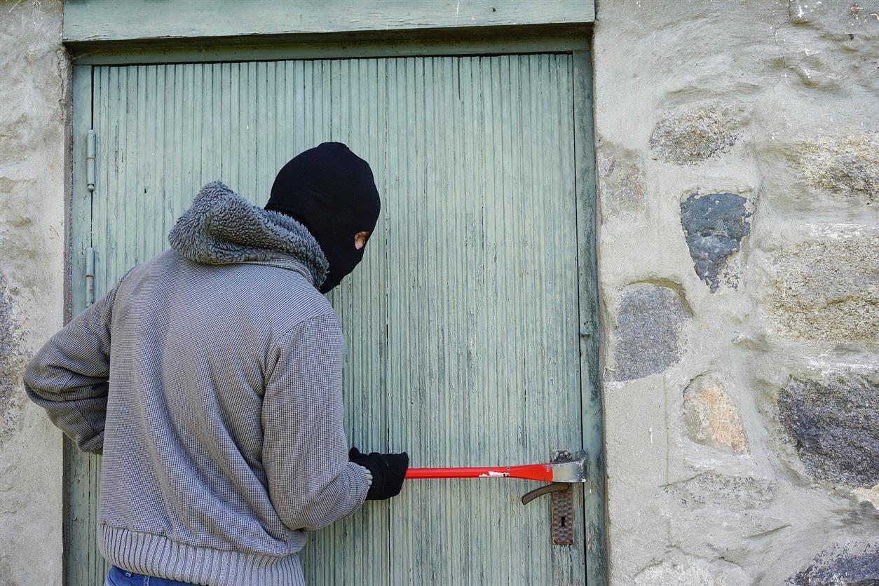 Кража в поселке Горняцком