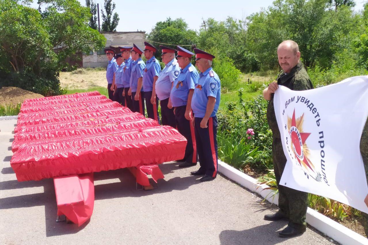 В муниципальных образованиях области прошли церемонии захоронения останков советских воинов